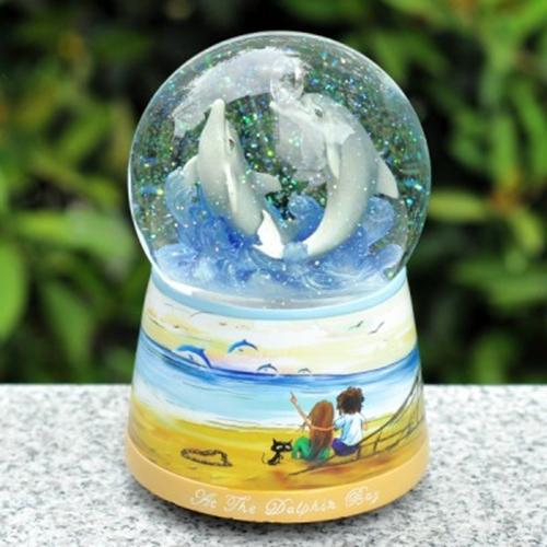 漂亮水晶球图片_水晶球之间的爱恋图片