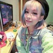 可爱女生头像_发线上的色彩