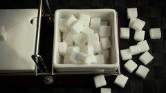 苦与甜的调和 咖啡方糖图片