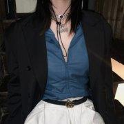 林阳:个性气质发色超酷玩网女生头像