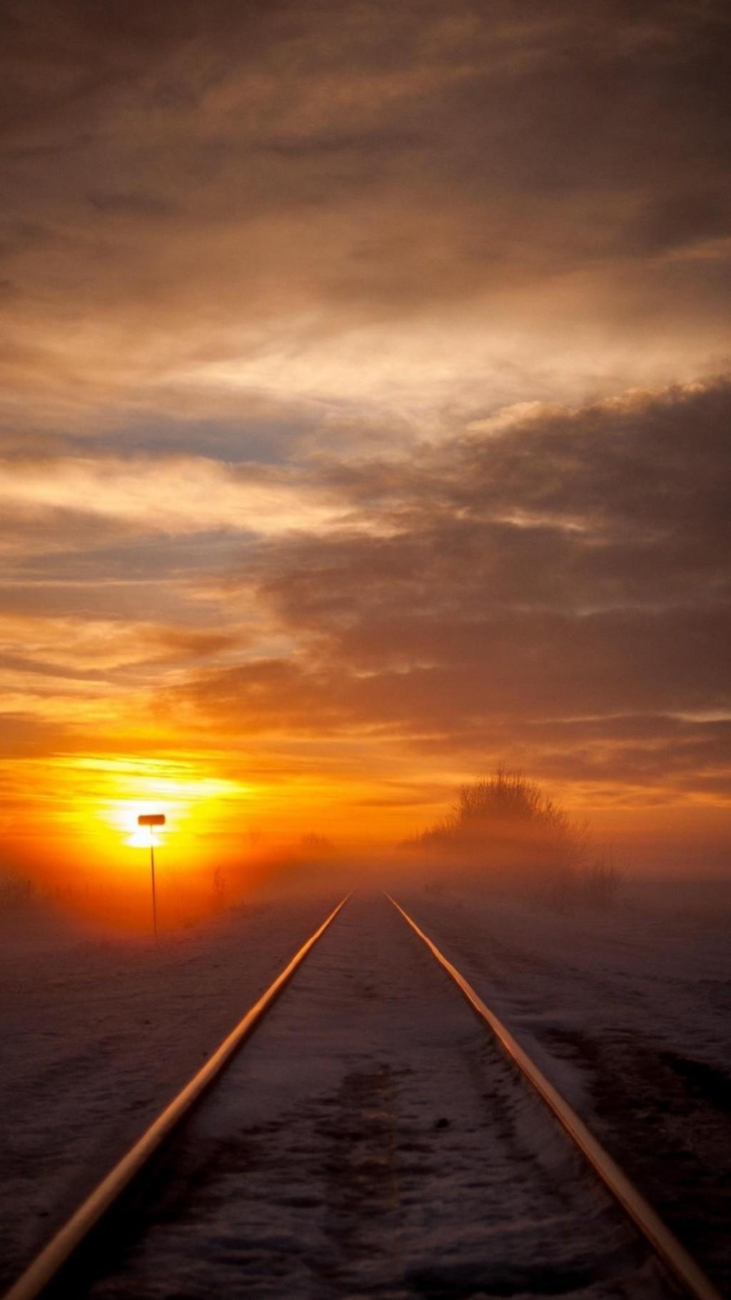 火车轨道唯美风景,火车轨道图片