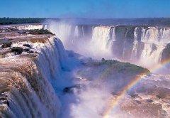 南美洲最大的瀑布伊瓜苏瀑布图片