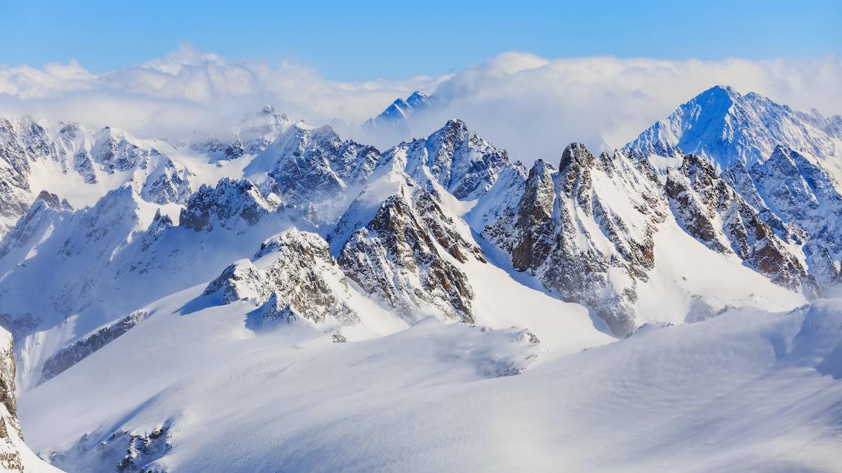 高清雪山风景图片壁纸