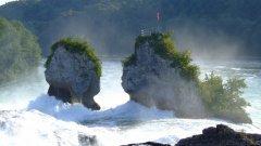 瑞士莱茵瀑布图片
